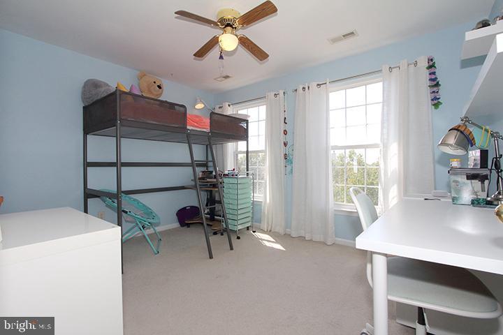 Upper level #4 bedroom - 806 SANTMYER DR SE, LEESBURG