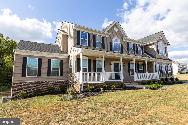 Single Family Homes pour l Vente à Hughesville, Maryland 20637 États-Unis