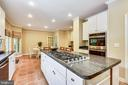 Stainless Appliances and New Oven! - 6846 CREEK CREST WAY, SPRINGFIELD