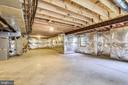 Concrete floors, windows and walk out! - 6846 CREEK CREST WAY, SPRINGFIELD