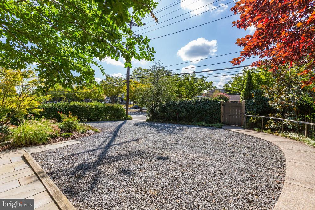 Ample parking in front of the house - 5119 BRADLEY BLVD, CHEVY CHASE
