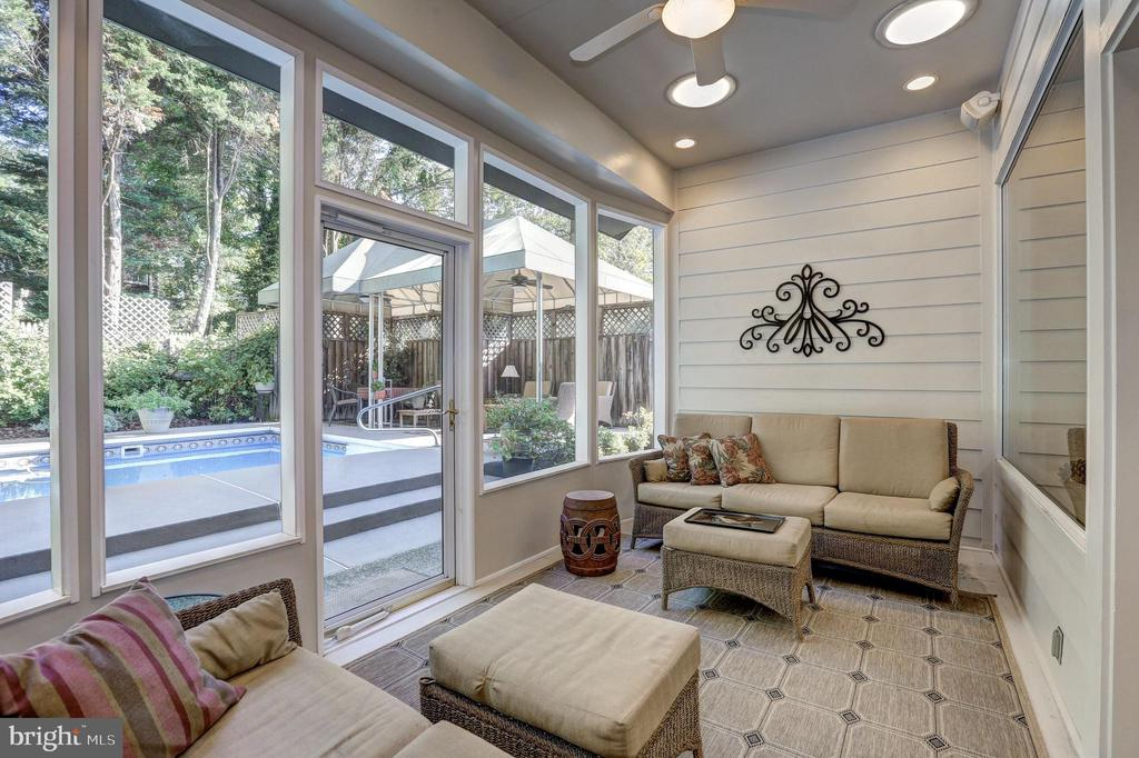 Screened-in porch w/ walk out to pool! - 5119 BRADLEY BLVD, CHEVY CHASE