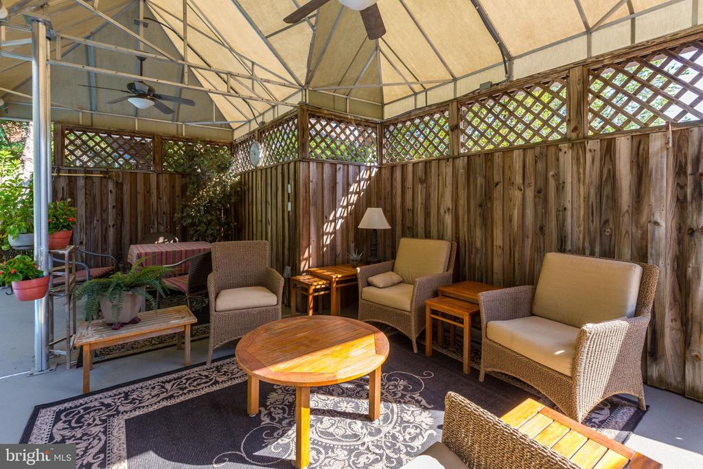 Enjoy outdoor spaces with friends & family - 5119 BRADLEY BLVD, CHEVY CHASE
