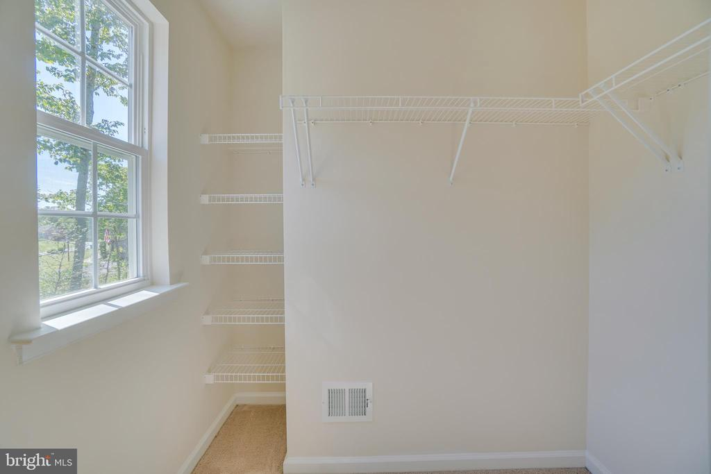 Large Walk In Closets In Extra Bedrooms - 219 ROCK RAYMOND DR, STAFFORD