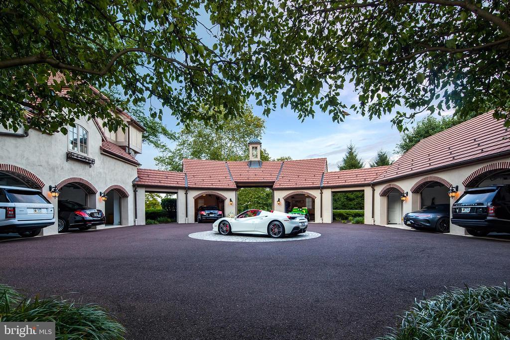 8 Car Garage, Motor Courtyard and service entrance - 733 N SPRING MILL RD, VILLANOVA
