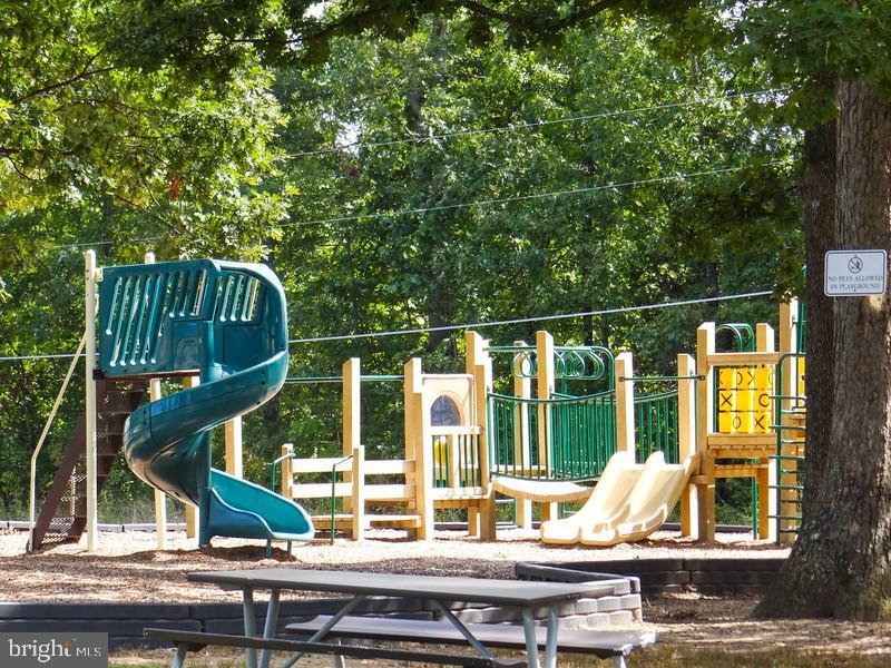 One of many play grounds - 114 BUTLER CIR, LOCUST GROVE