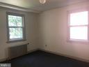 Living room/ family room - 918 47TH ST NE, WASHINGTON