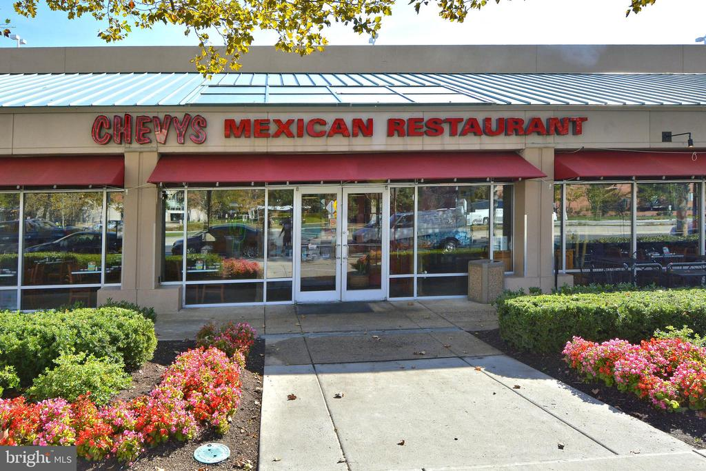 Margaritas nearby by, no car required! - 3600 S GLEBE RD #222W, ARLINGTON