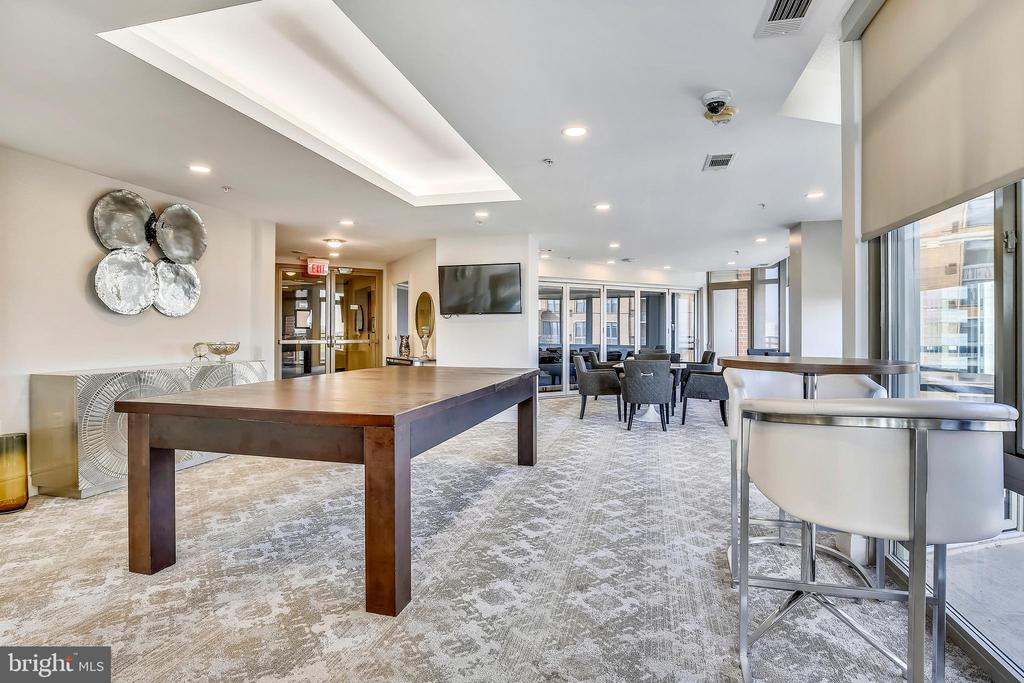 Party Room goes on for Days! - 3600 S GLEBE RD #222W, ARLINGTON