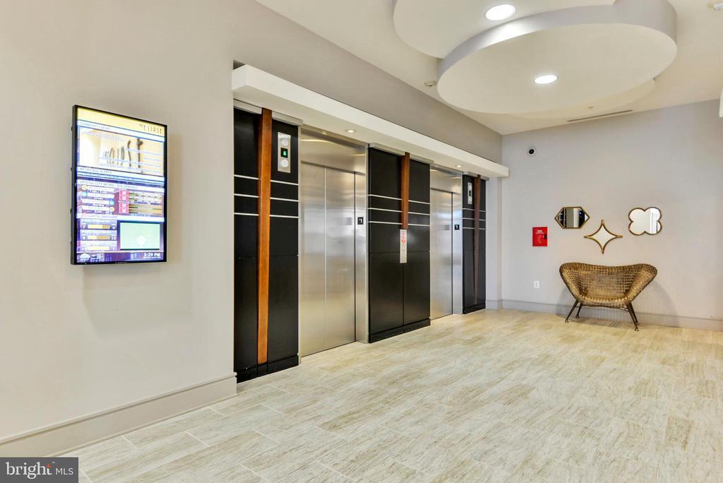 Plenty of Elevators for Everyone! - 3600 S GLEBE RD #222W, ARLINGTON