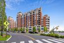 Welcome to the Luxe Life at the Eclipse! - 3600 S GLEBE RD #222W, ARLINGTON