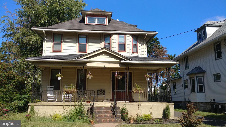Single Family Homes için Kiralama at Collingswood, New Jersey 08107 Amerika Birleşik Devletleri