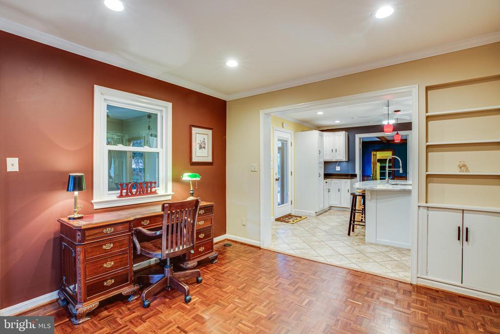 Living room & Kitchen - 1106 LITTLEPAGE ST, FREDERICKSBURG