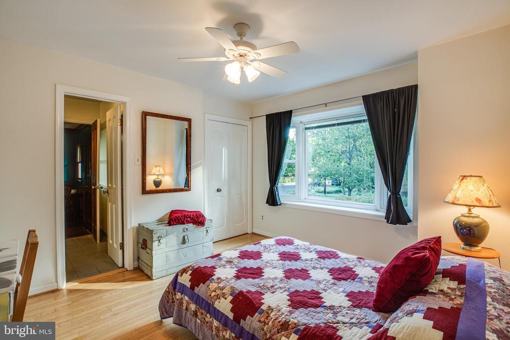 Main level bedroom - 1106 LITTLEPAGE ST, FREDERICKSBURG