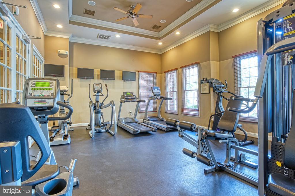 Fitness Room - 3015 NICOSH CIR #2204, FALLS CHURCH
