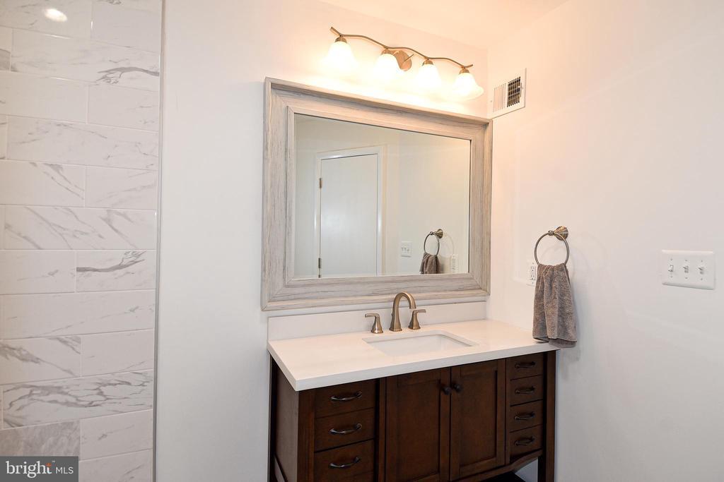 New vanity. - 4814 WILBY CT, ALEXANDRIA