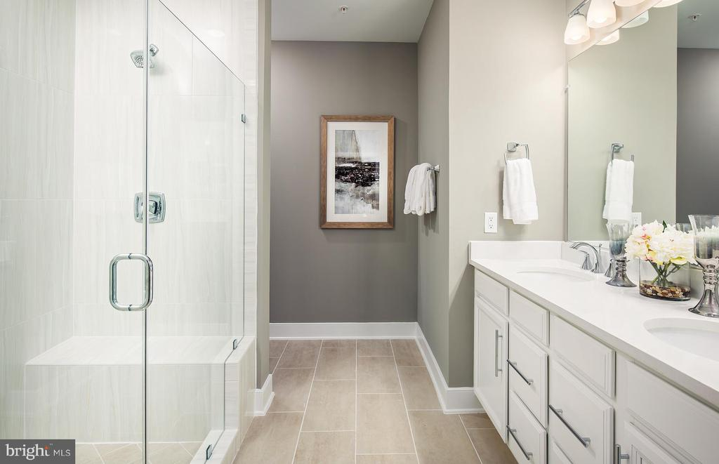 Owner's Bathroom - 3501 BELLFLOWER LN #40201, ROCKVILLE