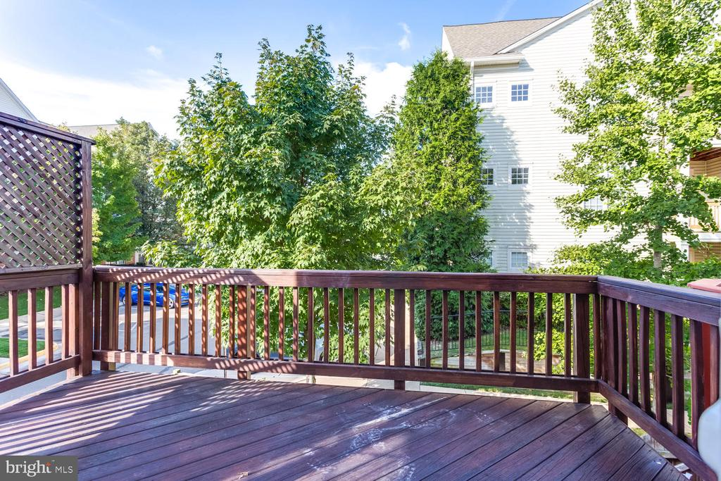 Large Deck off the Living Room - 5318 CHIEFTAIN CIR, ALEXANDRIA