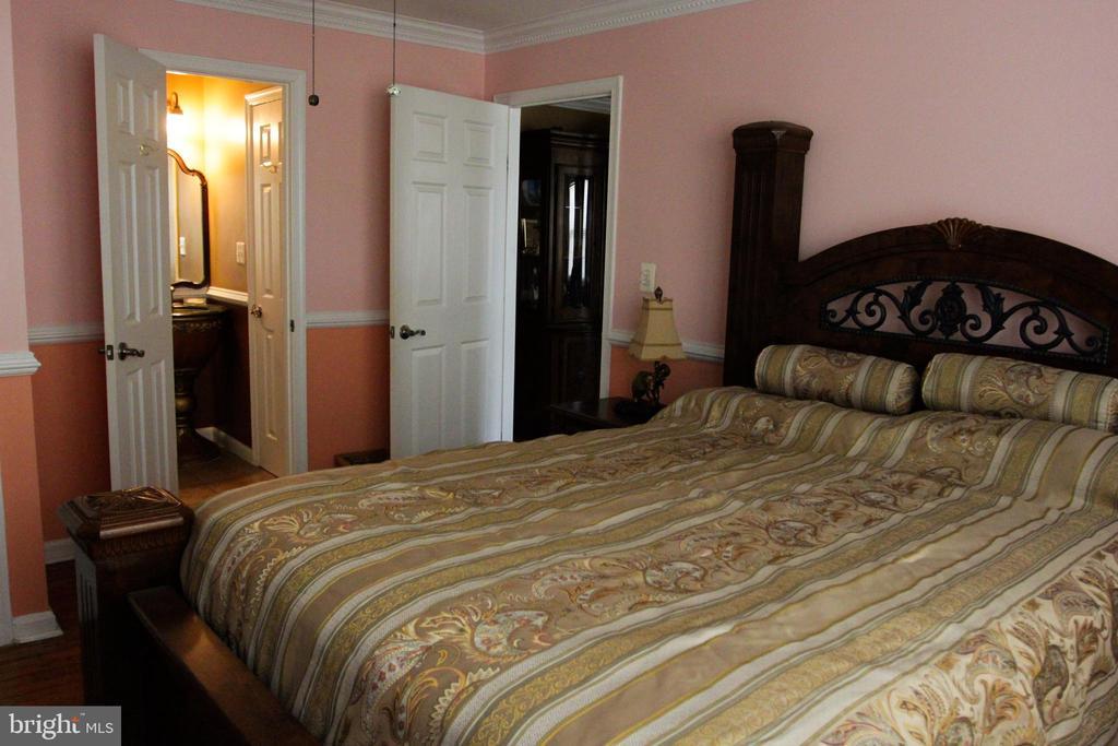 Main Level 2nd Bedroom - 4269 FOOTE ST NE, WASHINGTON