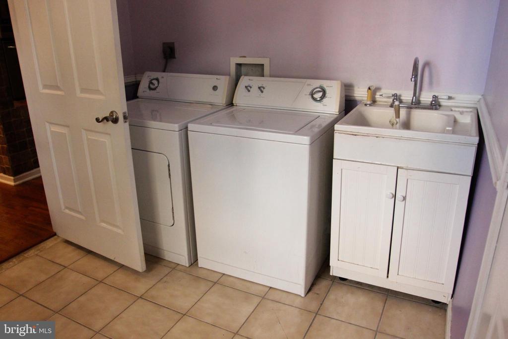 Main Level Laundry Room - 4269 FOOTE ST NE, WASHINGTON