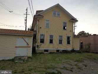 - 1501 KENILWORTH AVE NE, WASHINGTON