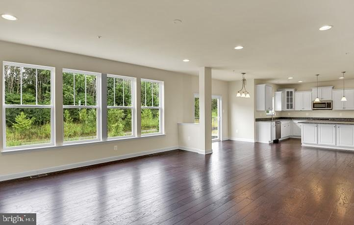 GREAT ROOM OPENS TO GOURMET KITCHEN - 908 HOLDEN ROAD, FREDERICK