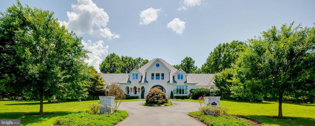 Gorgeous French Normandy Custom Estate Home - 40843 ROBIN CIR, LEESBURG