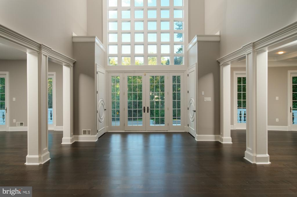 2 story foyer - 8746 BROOK RD, MCLEAN