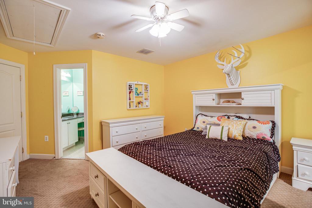 Bedroom 3 - 112 CARROLL CIR, FREDERICKSBURG