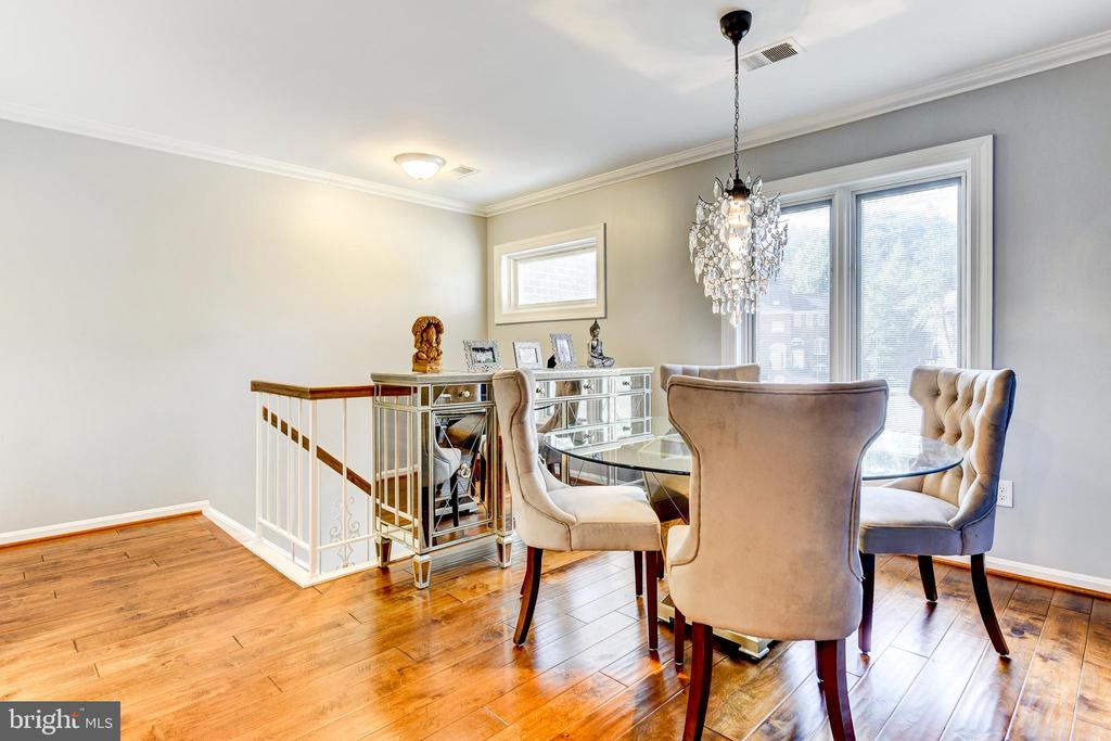 Open concept dining - 1849 N UHLE ST #1, ARLINGTON