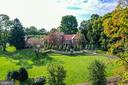 Stunning flat grounds, manicured yard - 733 N SPRING MILL RD, VILLANOVA