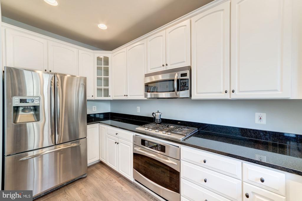 Kitchen with SS Appliances - 5326 43RD ST NW, WASHINGTON