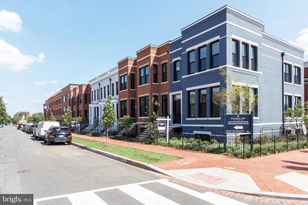 Exterior brick facade facing D Street - 1325 D ST SE, WASHINGTON