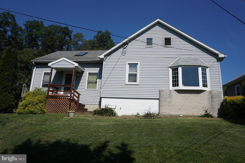 Single Family Homes per Vendita alle ore Yoe, Pensilvania 17313 Stati Uniti
