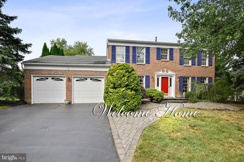 Single Family Homes för Försäljning vid Kendall Park, New Jersey 08824 Förenta staterna