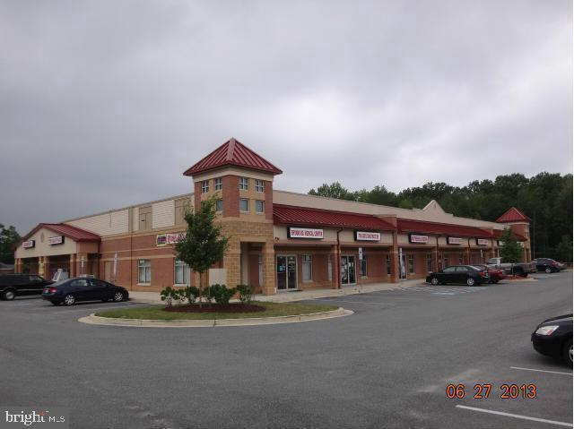 Commerce de détail pour l Vente à Bryans Road, Maryland 20616 États-Unis