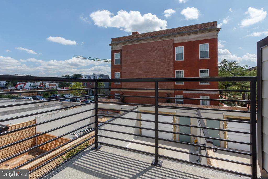 Owners' Bedroom Balcony - 1325 D ST SE, WASHINGTON