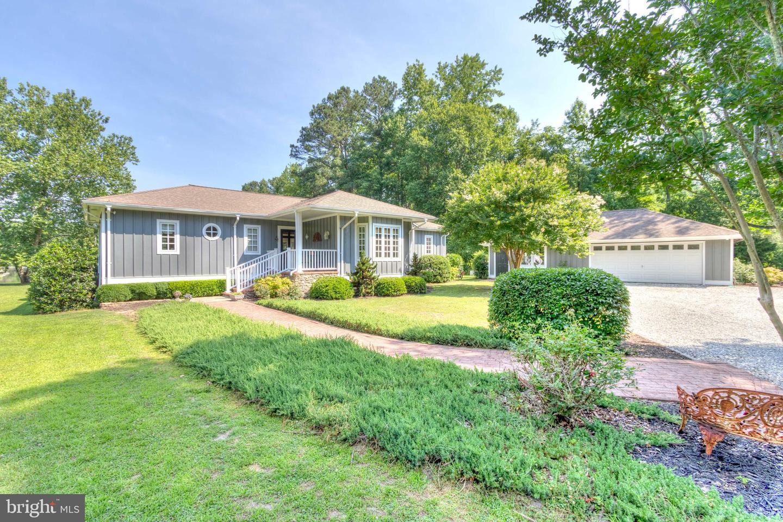 Single Family Homes のために 売買 アット Kilmarnock, バージニア 22482 アメリカ