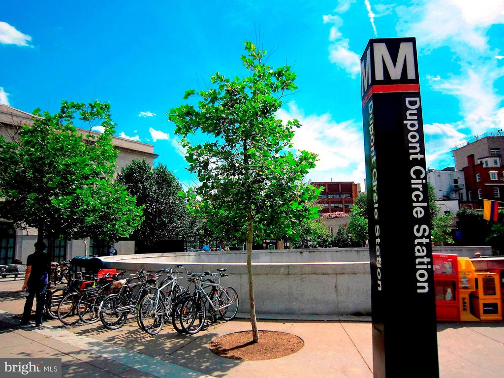 Red Line Metro, at Connecticut & Q St - 2101 CONNECTICUT AVE NW #66, WASHINGTON