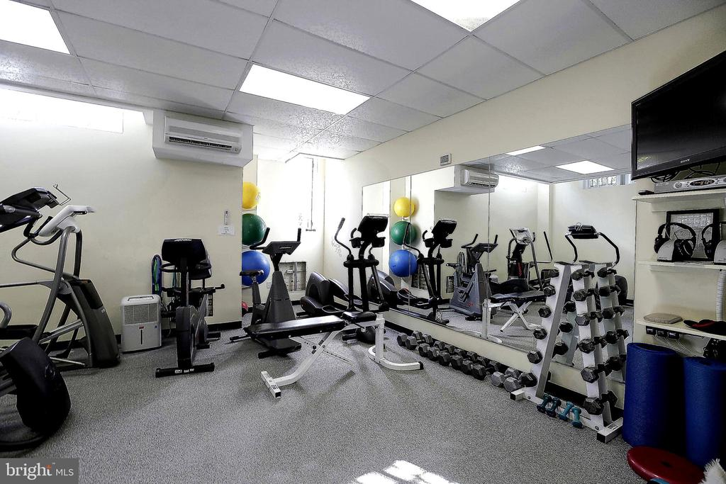 Gym in building - 2101 CONNECTICUT AVE NW #66, WASHINGTON
