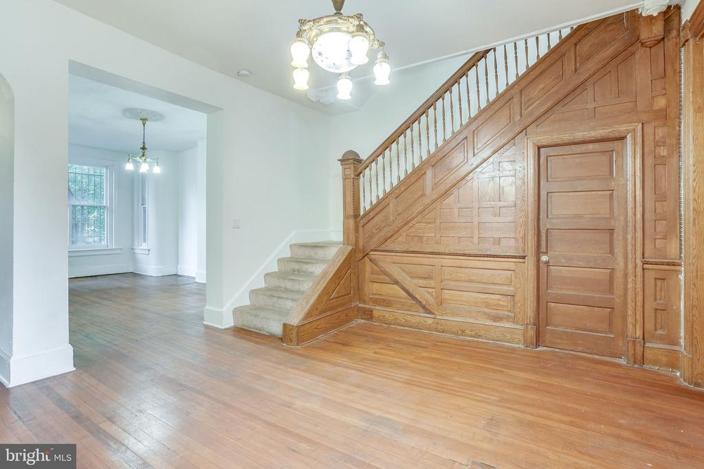 Second Sitting Room with Wood Paneled Staircase - 1306 EUCLID ST NW, WASHINGTON