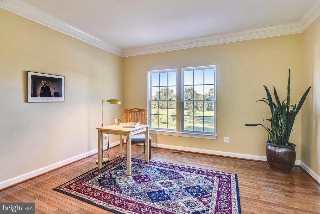 Home office - 39278 KARLINO CT, HAMILTON