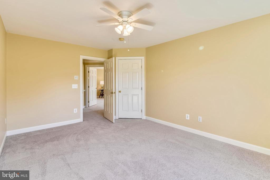 Bedroom #2 - 39278 KARLINO CT, HAMILTON