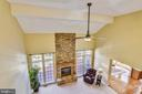 Great Room w/ 2-story vaulted ceilings. - 39278 KARLINO CT, HAMILTON