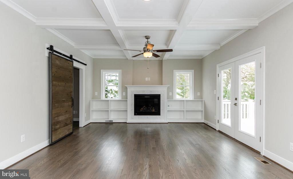 Family Room w/ Gas Fireplace - 7534 LISLE AVE, FALLS CHURCH