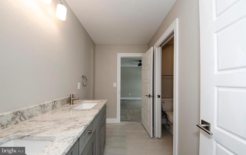 Dual Vanity Bathroom (Jack & Jill similar model) - 7534 LISLE AVE, FALLS CHURCH