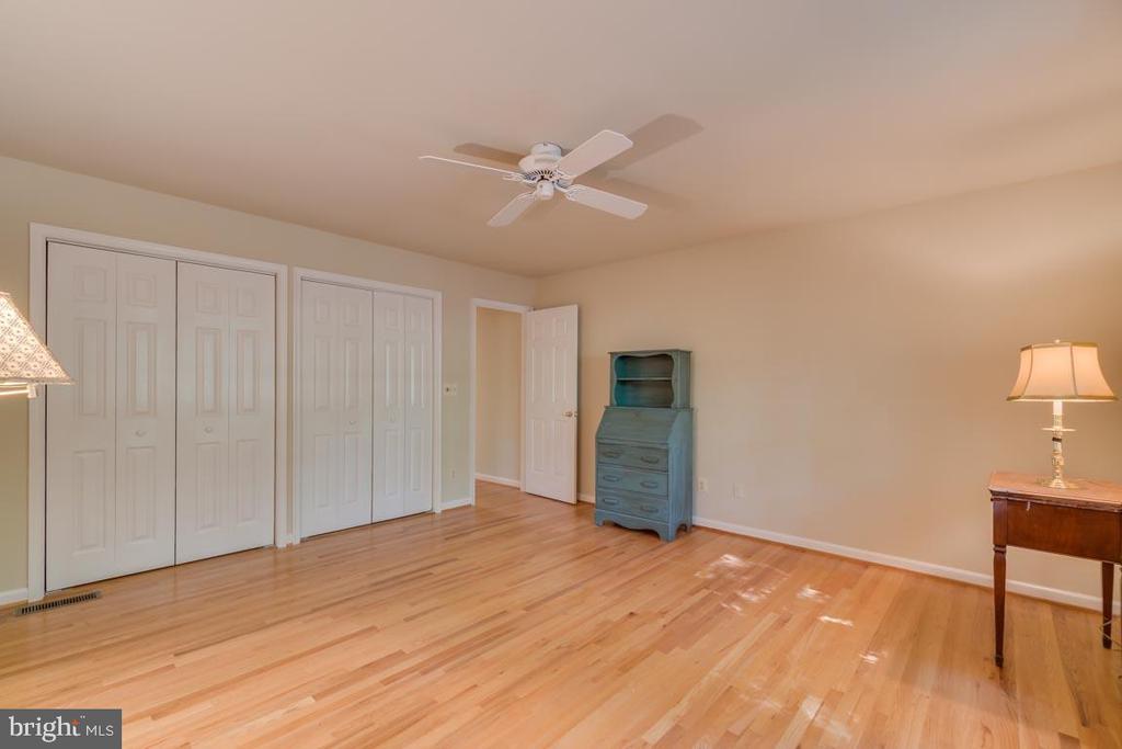 2nd Bedroom with hardwood floors - 103 BIRCHSIDE CIR, LOCUST GROVE