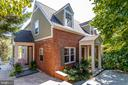 Expanded cape cod in sought after Beverly Hills - 307 KENTUCKY AVE, ALEXANDRIA