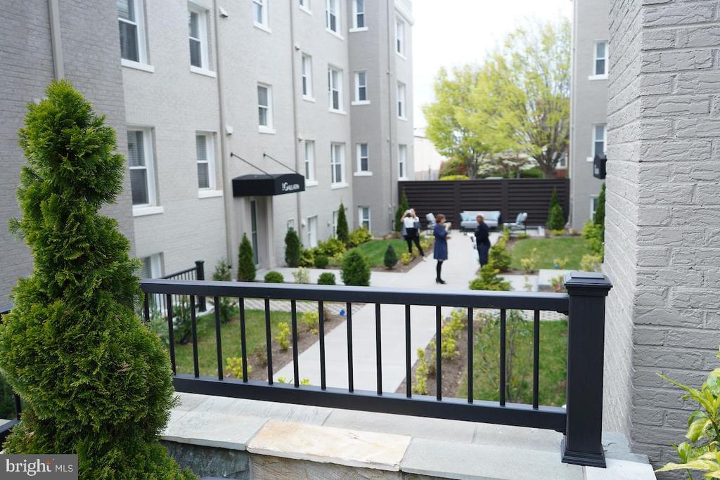 Secure Inner Courtyard - 906 GALLATIN ST NW #304, WASHINGTON