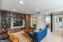 Spacious Living Room w/ Built-Ins - 906 GALLATIN ST NW #304, WASHINGTON